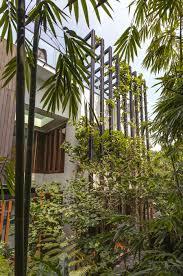 Trellis Modern Design Lush Gardens And Peekaboo Roof Pool Define Contemporary Home