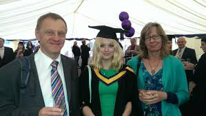 """UoM Science and Engineering auf Twitter: """"Eleanor Martindale, from ..."""
