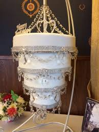 support your cakes try the cake stackers cake support system and decide for yourself