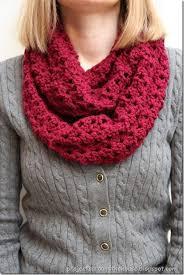 infinity scarf crochet. crochet double v stitch quick infinity scarf free pattern