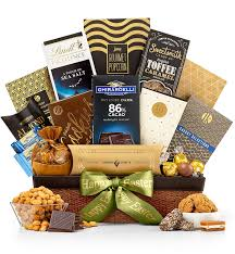 amazon gifttree gourmet chocolate snack food gift basket ortments of popcorn almond roca biscotti and cookies perfect present for