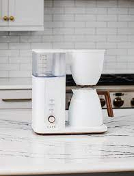 The best coffee makers for brewing the perfect cup at home. Cafe Drip 10 Cup Coffee Maker With Wifi Matte White C7cdaas4pw3 Best Buy