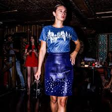LARISSA REIT - On Wednesday's we wear p̶i̶n̶k̶ blue! 💙 @crovento ...