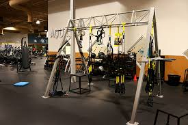 gold s gym chesterfield located at 14885 west clayton road chesterfield mo 63017