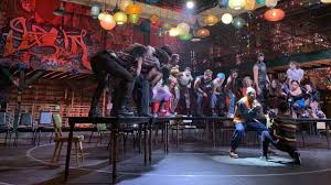 Foxs Live Broadcast Of Rent Brings An Immersive Season Of Love To