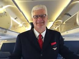 danny elkins a delta air lines flight attendant bilingual flight attendant jobs