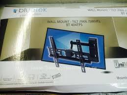 tv wall mount swivel and tilt