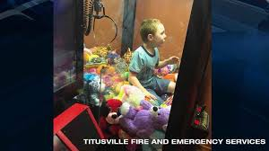 Kid In Vending Machine Beauteous Give Me A Toy Florida Boy Gets Trapped In Vending Machine Www