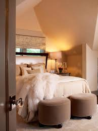 bedroom design trends. Optimize Your Small Bedroom Design Trends With Queen Bed In Pictures