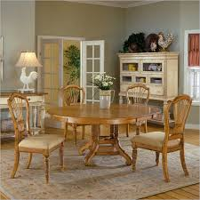 wilshire 5 piece round oval dining set in antique pine finish by hilale furniture 4507 816 5