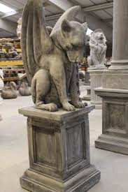 guardian hound and plinth