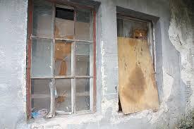 «Комісійно визнати аварійним і завалити», – влада Івано-Франківська про проблемний будинок