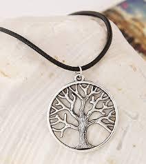 Velmi Hezký Doplněk K Vašemu Outfitu Strom života