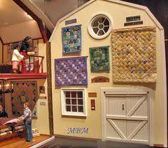 An Amish quilt shop in a red barn. | Dollshouse Miniatures ... & MI PEQUEÑA LIBERTAD: AMISH QUILT 'S SHOP Adamdwight.com