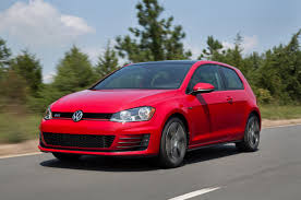 2016 Volkswagen GTI Reviews and Rating | Motor Trend