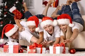14 Fun Christmas Activities That Your Teen Will Love Teens