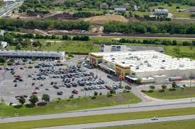 Grocery War Rivals H E B And Walmart Battle For Turf And Shoppers