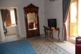 vallone design elegant office. Fine Office Vallone Del Grano Bed And Breakfast Is Situated In The Old Centre Of  Rossano It Located A Three Floors Building 19h Century Intended Design Elegant Office
