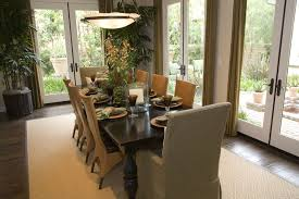 white rug under dining table