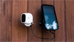 Arlo Camera No Lights Netgears Arlo Pro 2 Is An Expensive But Capable Home
