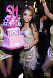 Celebrity Birthday Cake Designs Sarah Hyland Birthday At The Bank Photo 451894 Birthday
