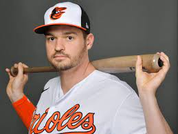 Orioles' Trey Mancini singles in first ...