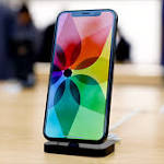 Apple Faces Wall Street 'Panic' Over iPhone
