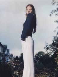 make up petros petrohilos poses moda vogue uk january 2016 natural wonder mia goth harley weir