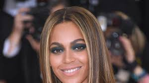 new york ny may 02 beyonce attends m x machina fashion in an age of technology