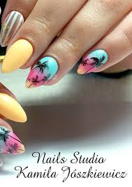 wow nails with pastels paint and palm tree