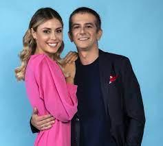 """Fatima Trotta e Francesco Mandelli al timone di """"Honolulu"""", il nuovo  programma comico di Italia 1"""