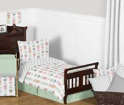 mod arrow gray c mint toddler bedding set by sweet jojo designs