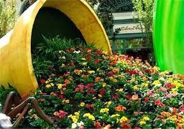 make a spilled flower pot garden design idea outdoor flower pots winter outdoor flower pot arrangements