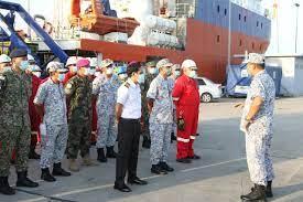 Rimangono 72 ore d'ossigeno all'equipaggio del sottomarino scomparso -  Ticinonline
