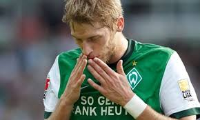 Aaron Hunt remains with Werder for four more years | SV Werder Bremen
