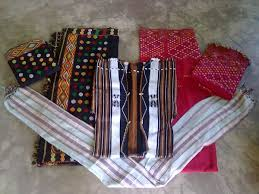 Seven Sisters Clothing Size Chart Dresses Of Assam Traditional Assamese Costumes Holidify