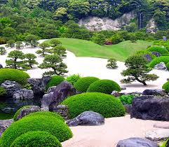 many specific elements exist and used together in combinations or singularly create the emanation of the so called asian style gardens оr zen gardens