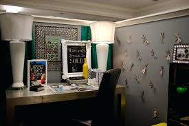 home office decorate cubicle. Cubicle Office Decor Home Decoration Themes In For Holi Decorate F