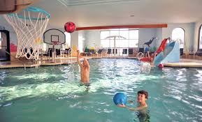 atlantis waterpark hotel suites wisconsin dells water parks