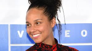 alicia keys and alessia cara wore no makeup at the 2016 mtv vmas glamour cara ber makeup natural ala koreacara makeup natural ala wardah you