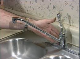 Kitchen Faucet Is Leaking Fix Kitchen Faucet 8710 Chrome Single Handle Kitchen Faucet From