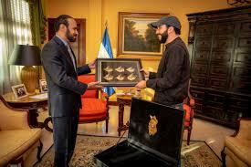 رئيس جمهورية السلفادور يستقبل القائم بالأعمال بالإنابة القطري