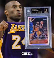 Sep 19, 2019 · 1996 topps chrome refractor #138. Kobe Bryant Rookie Card Sells For For 1 7 Million One37pm