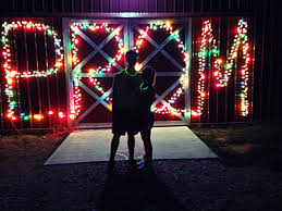 Christmas Light Proposal Promposal 2014 The Best Way To Ask Someone To Prom