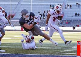 nevada tight end reagan roberson 31 scores a touchdown against arkansas state in overtime