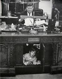 roosevelt oval office desk photo courtesy jay. oval office resolute desk white house museum roosevelt photo courtesy jay
