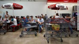 Costcos Secret Weapon Food Courts And 1 50 Hot Dogs Cnn