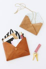 37 quickest diy gifts you can make diy leather envelope clutch easy and quick