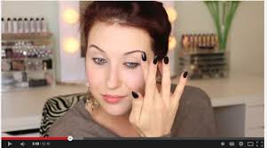 jaclyn hill new ring 2017. alot of people say her nails look bad, i went back to some old videos and holy crap...they like claws. why can\u0027t she get box shaped acrylics? jaclyn hill new ring 2017