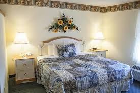 bluegate garden inn. Blue Gate Garden Inn, Shipshewana Bluegate Inn